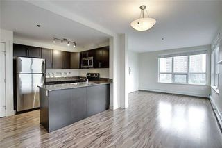 Photo 5: 527 955 MCPHERSON Road NE in Calgary: Bridgeland/Riverside Apartment for sale : MLS®# C4305151