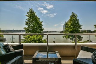 """Main Photo: 319 1150 QUAYSIDE Drive in New Westminster: Quay Condo for sale in """"Westport"""" : MLS®# R2474883"""