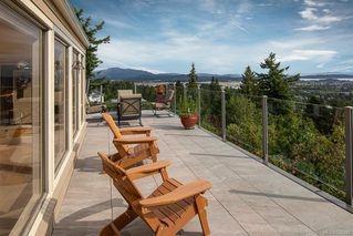 Photo 2: 8823 Forest Park Dr in North Saanich: NS Dean Park House for sale : MLS®# 838942