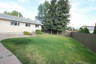 Photo 18: 12219 147 Avenue in Edmonton: Zone 27 House for sale : MLS®# E4214545