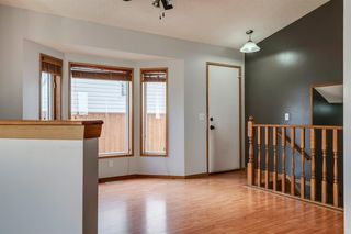 Photo 11: 35 Rivercrest Way SE in Calgary: Riverbend Detached for sale : MLS®# A1042507