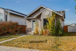 Photo 3: 35 Rivercrest Way SE in Calgary: Riverbend Detached for sale : MLS®# A1042507