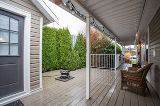 """Photo 21: 15834 ESSEX Place in Surrey: King George Corridor Manufactured Home for sale in """"Cranley Place"""" (South Surrey White Rock)  : MLS®# R2520166"""