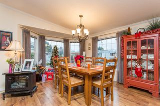 """Photo 6: 15834 ESSEX Place in Surrey: King George Corridor Manufactured Home for sale in """"Cranley Place"""" (South Surrey White Rock)  : MLS®# R2520166"""