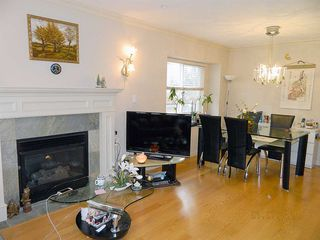 Photo 3: 2225 E 45TH Avenue in Vancouver: Killarney VE House for sale (Vancouver East)  : MLS®# R2528227