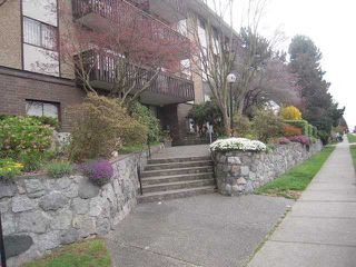 "Photo 5: 312 120 E 4TH Street in North Vancouver: Lower Lonsdale Condo for sale in ""Excelsior House"" : MLS®# V817610"