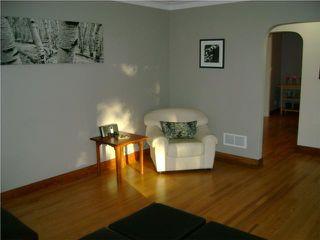 Photo 3: 269 Strathmillan Road in WINNIPEG: St James Residential for sale (West Winnipeg)  : MLS®# 1010685