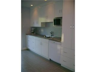 Photo 5: 269 Strathmillan Road in WINNIPEG: St James Residential for sale (West Winnipeg)  : MLS®# 1010685