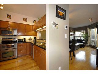 "Photo 2: 34 795 W 8TH Avenue in Vancouver: Fairview VW Townhouse for sale in ""DOVER POINTE"" (Vancouver West)  : MLS®# V867734"