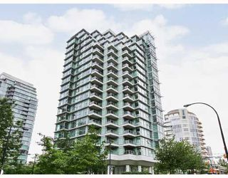 "Photo 1: 303 1790 BAYSHORE Drive in Vancouver: Coal Harbour Condo for sale in ""BAYSHORE GARDENS"" (Vancouver West)  : MLS®# V731015"