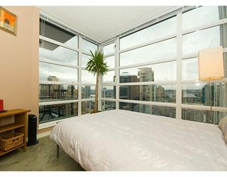 "Photo 6: 1199 SEYMOUR Street in Vancouver: Downtown VW Condo for sale in ""BRAVA"" (Vancouver West)  : MLS®# V625814"
