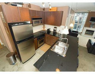 "Photo 3: 1199 SEYMOUR Street in Vancouver: Downtown VW Condo for sale in ""BRAVA"" (Vancouver West)  : MLS®# V625814"