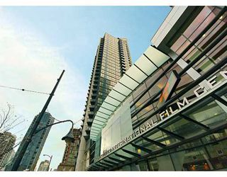 "Photo 1: 1199 SEYMOUR Street in Vancouver: Downtown VW Condo for sale in ""BRAVA"" (Vancouver West)  : MLS®# V625814"