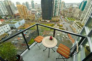 "Photo 4: 1199 SEYMOUR Street in Vancouver: Downtown VW Condo for sale in ""BRAVA"" (Vancouver West)  : MLS®# V625814"