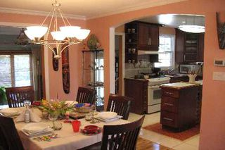 Photo 4: 32 Sanderson Crest in Richmond Hill: House (Bungalow-Raised) for sale (N03: MARKHAM)  : MLS®# N1604297
