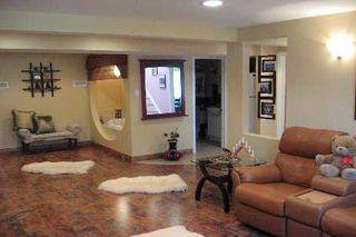Photo 7: 32 Sanderson Crest in Richmond Hill: House (Bungalow-Raised) for sale (N03: MARKHAM)  : MLS®# N1604297