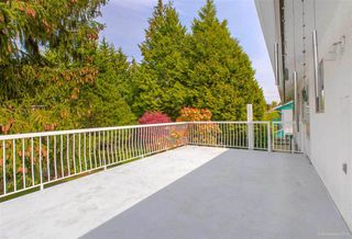 """Photo 3: 1383 GROVER Avenue in Coquitlam: Central Coquitlam House for sale in """"CENTRAL COQUITLAM"""" : MLS®# R2392171"""