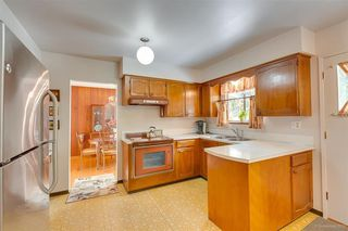 """Photo 11: 1383 GROVER Avenue in Coquitlam: Central Coquitlam House for sale in """"CENTRAL COQUITLAM"""" : MLS®# R2392171"""