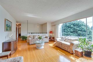 """Photo 8: 1383 GROVER Avenue in Coquitlam: Central Coquitlam House for sale in """"CENTRAL COQUITLAM"""" : MLS®# R2392171"""