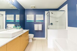 "Photo 14: 408 400 CAPILANO Road in Port Moody: Port Moody Centre Condo for sale in ""ARIA"" : MLS®# R2401634"