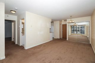 """Photo 4: 604 488 HELMCKEN Street in Vancouver: Yaletown Condo for sale in """"ROBINSON TOWER"""" (Vancouver West)  : MLS®# R2418705"""