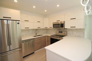 """Photo 2: 301 1265 BARCLAY Street in Vancouver: West End VW Condo for sale in """"DORCHESTER"""" (Vancouver West)  : MLS®# R2423259"""