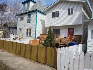 Photo 1: 428 G Avenue South in Saskatoon: Riversdale Residential for sale : MLS®# SK798631