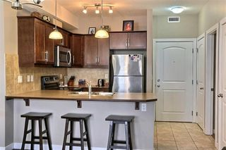 Photo 2: 305 15304 BANNISTER Road SE in Calgary: Midnapore Apartment for sale : MLS®# C4296151