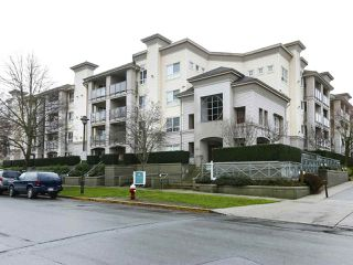 "Photo 3: 103 5500 ANDREWS Road in Richmond: Steveston South Condo for sale in ""Southwater"" : MLS®# R2459905"