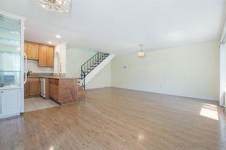 Photo 4: RANCHO PENASQUITOS Condo for sale : 2 bedrooms : 13777 Caminito Anzio in San Diego