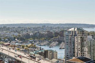 """Photo 33: 2701 1372 SEYMOUR Street in Vancouver: Yaletown Condo for sale in """"The Mark"""" (Vancouver West)  : MLS®# R2493210"""