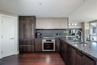 """Photo 9: 2701 1372 SEYMOUR Street in Vancouver: Yaletown Condo for sale in """"The Mark"""" (Vancouver West)  : MLS®# R2493210"""