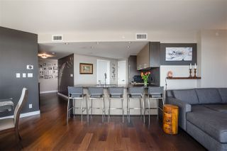 """Photo 10: 2701 1372 SEYMOUR Street in Vancouver: Yaletown Condo for sale in """"The Mark"""" (Vancouver West)  : MLS®# R2493210"""