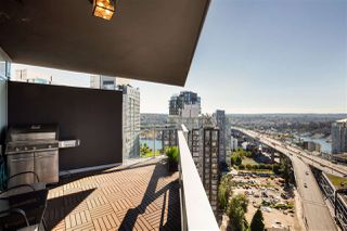 """Photo 26: 2701 1372 SEYMOUR Street in Vancouver: Yaletown Condo for sale in """"The Mark"""" (Vancouver West)  : MLS®# R2493210"""