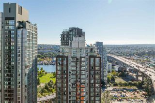 """Photo 32: 2701 1372 SEYMOUR Street in Vancouver: Yaletown Condo for sale in """"The Mark"""" (Vancouver West)  : MLS®# R2493210"""