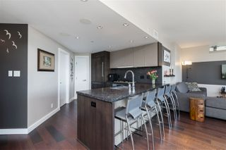 """Photo 13: 2701 1372 SEYMOUR Street in Vancouver: Yaletown Condo for sale in """"The Mark"""" (Vancouver West)  : MLS®# R2493210"""