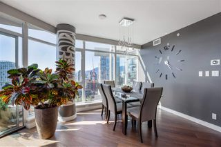 """Photo 8: 2701 1372 SEYMOUR Street in Vancouver: Yaletown Condo for sale in """"The Mark"""" (Vancouver West)  : MLS®# R2493210"""