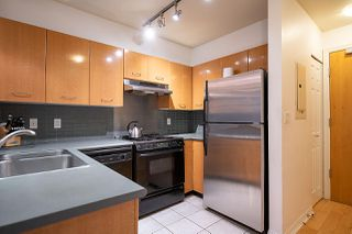 "Photo 10: 2270 REDBUD Lane in Vancouver: Kitsilano Townhouse for sale in ""ANSONIA"" (Vancouver West)  : MLS®# R2508791"