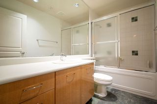 "Photo 15: 2270 REDBUD Lane in Vancouver: Kitsilano Townhouse for sale in ""ANSONIA"" (Vancouver West)  : MLS®# R2508791"