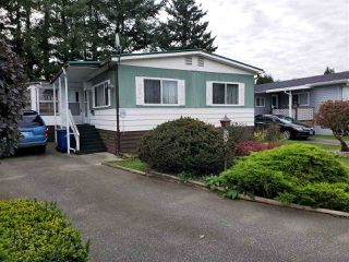 """Photo 1: 5 31313 LIVINGSTONE Avenue in Abbotsford: Abbotsford West Manufactured Home for sale in """"Paradise Park"""" : MLS®# R2511873"""