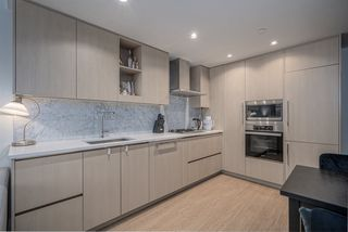 "Photo 16: 2508 89 NELSON Street in Vancouver: Yaletown Condo for sale in ""THE ARC"" (Vancouver West)  : MLS®# R2516690"