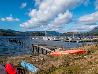 "Photo 16: 5978 OLDMILL Lane in Sechelt: Sechelt District Townhouse for sale in ""EDGEWATER"" (Sunshine Coast)  : MLS®# R2524151"