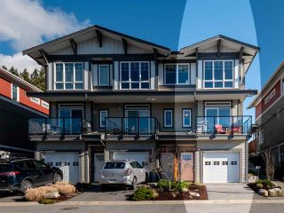 "Photo 1: 5978 OLDMILL Lane in Sechelt: Sechelt District Townhouse for sale in ""EDGEWATER"" (Sunshine Coast)  : MLS®# R2524151"