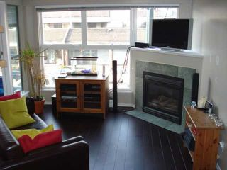 """Photo 2: 204 2025 STEPHENS Street in Vancouver: Kitsilano Condo for sale in """"STEPHENS COURT"""" (Vancouver West)  : MLS®# V806297"""