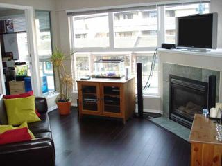 """Photo 3: 204 2025 STEPHENS Street in Vancouver: Kitsilano Condo for sale in """"STEPHENS COURT"""" (Vancouver West)  : MLS®# V806297"""