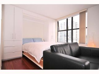 """Photo 5: 1704 989 BEATTY Street in Vancouver: Downtown VW Condo for sale in """"NOVA"""" (Vancouver West)  : MLS®# V815922"""