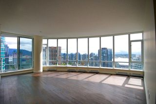"Photo 2: 2503 833 HOMER Street in Vancouver: Downtown VW Condo for sale in ""ATELIER"" (Vancouver West)  : MLS®# V839630"