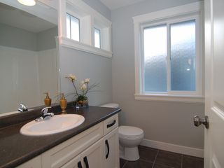 Photo 9: 32628 MAYNARD Place in Mission: Mission BC House for sale : MLS®# F1023839