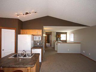 Photo 5: 125 TARACOVE Way NE in CALGARY: Taradale Residential Detached Single Family for sale (Calgary)  : MLS®# C3456094