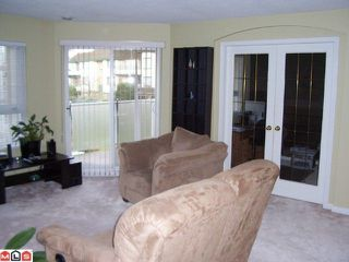 """Photo 7: 212 20125 55A Avenue in Langley: Langley City Condo for sale in """"Blackberry Lane 2"""" : MLS®# F1100964"""